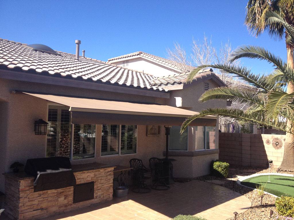 retractable shelters fl motorized systems resized roof horizons and sunesta products awning new awnings orlando screens